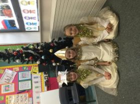 Mrs Jordan and Mrs Finch's class looked amazing as they got ready for the key stage 1 play.